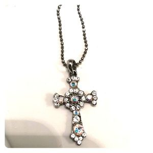 Premier Design Jewelry cross necklace